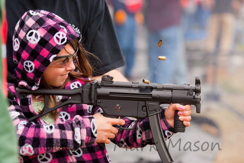 IMAGE: http://m-mason.smugmug.com/Shooting/Organized-Gatherings/ARPC-Machinegun-shoot/i-dTfgf2T/2/L/LU4C0220_edited-1-L.jpg